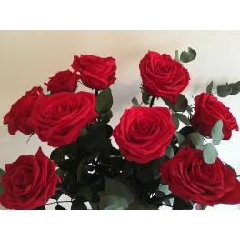 Bouquet de roses avec feuillages